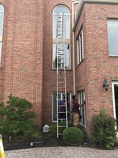 Shine-Brite Outside Window Cleaning